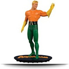 Dc Chronicles Aquaman Statue